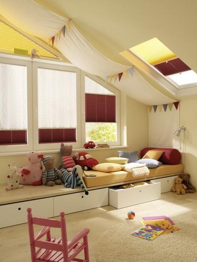Tetőtéri megoldás gyerek szobában